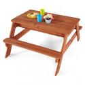 Plum drewniane piasek i stół piknikowy